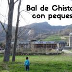 Bal Chistau con niños